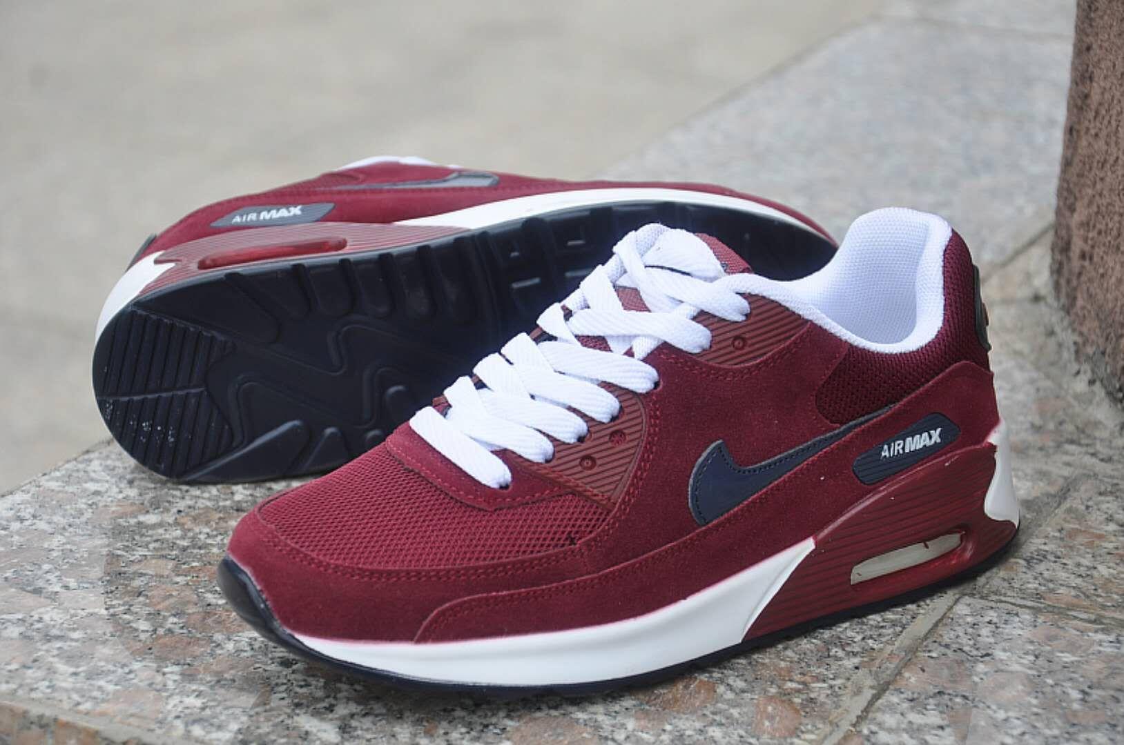 נעליים של NIKE AIR MAX