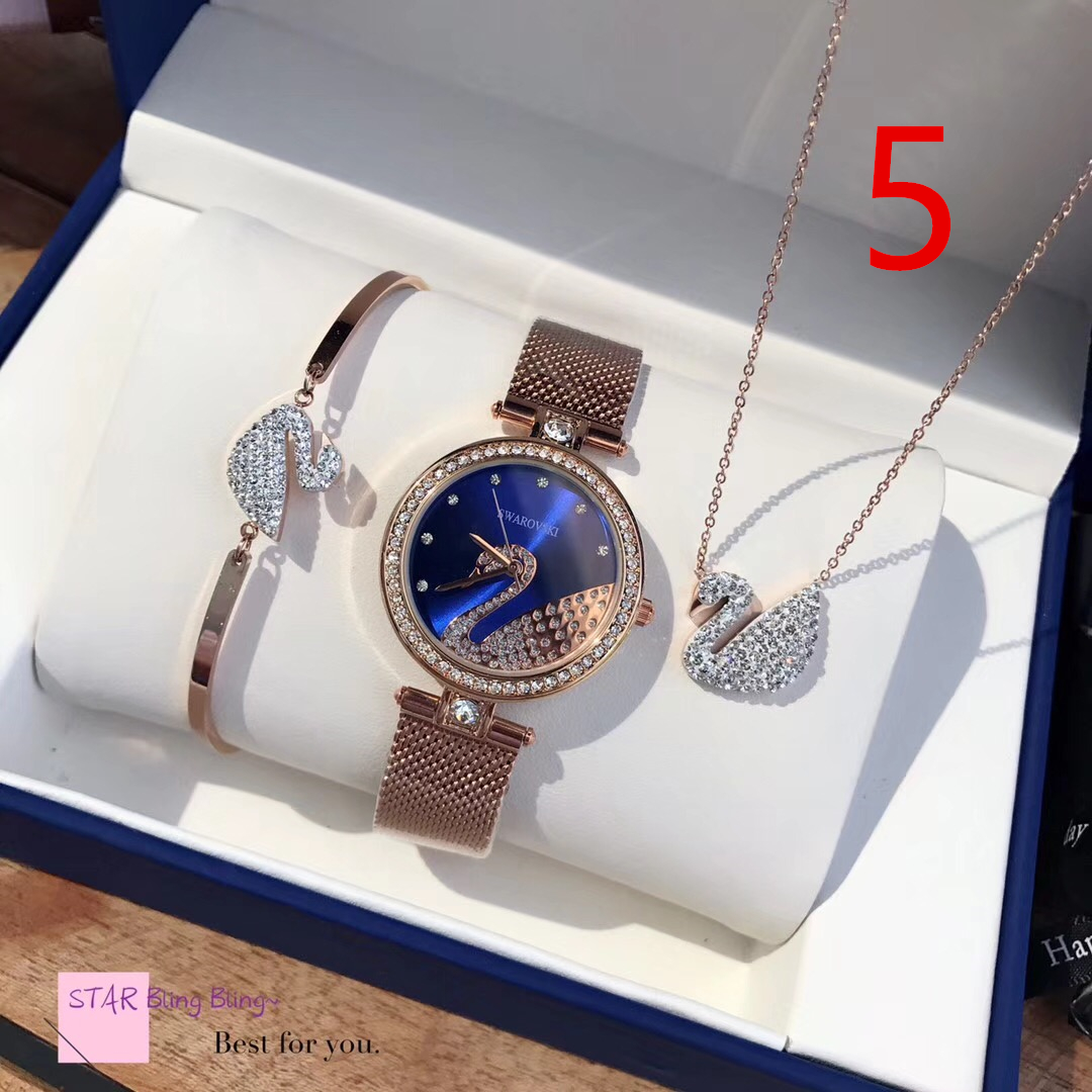 סט של SWAROVSKI, סט מתנה לאישה, סט מתנה לחברה, רעיון למתנה, מנתה לנשים, מתנות לנשים, שעון של SWAROVSKI, שעונים של סברובסקי, צמידים