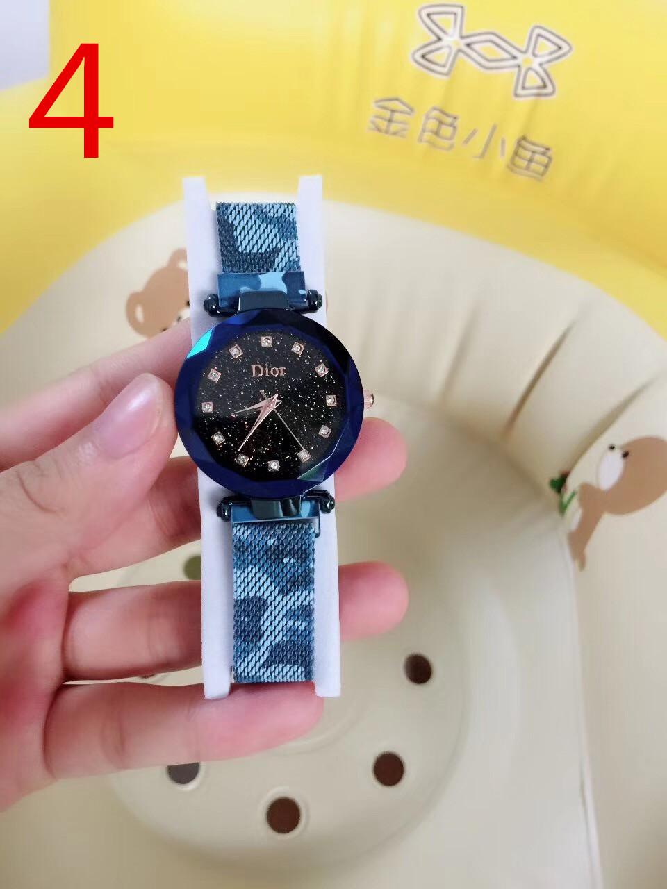 שעון לנשים, שעון של DIOR, שעונים של דיור, שעון מנומר, מתנה שעון לאישה, מתנה לחברה