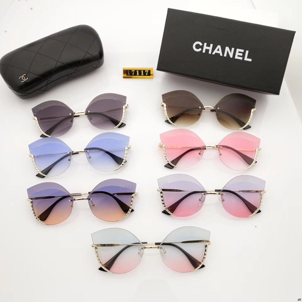 ? משקפי שמש של CHANEL ?
