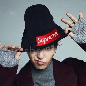 ? כובעים של SUPREME ?