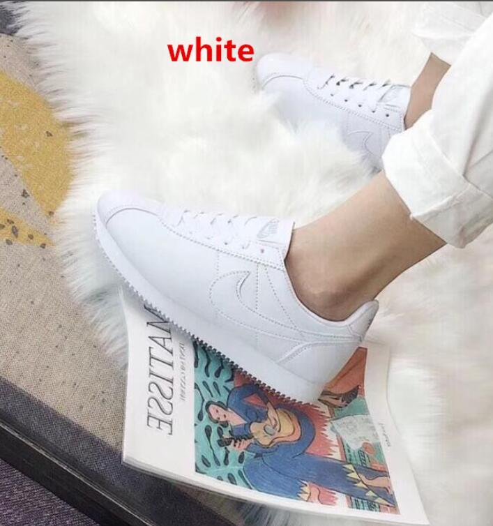 נעליים של NIKE, נעליים של נייק, נעליים לגברים, נעליים לבנים, נעליים לבנות, נעליים לנשים