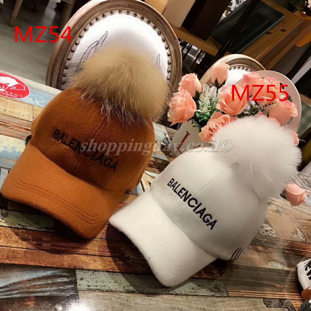 כובעים של בלנסיאגה, כובעים של BALENCIAGA 2019
